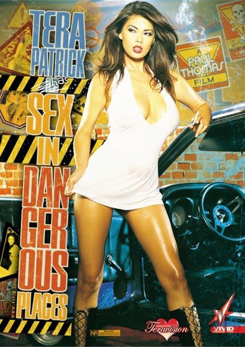 Секс в опасных местах /Sex In Dangerous Places/ купить порнофильм.